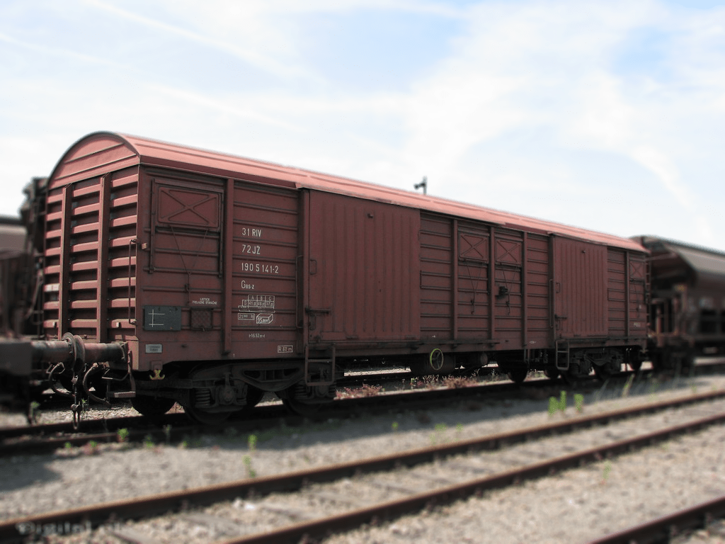 Standard covered wagon